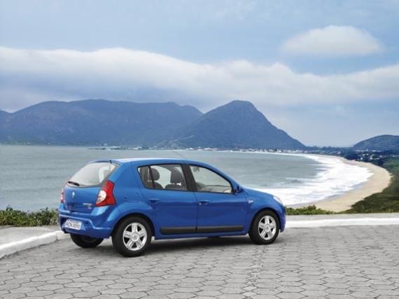 План продаж Renault в России в нынешнем году составляет 127000 автомобилей